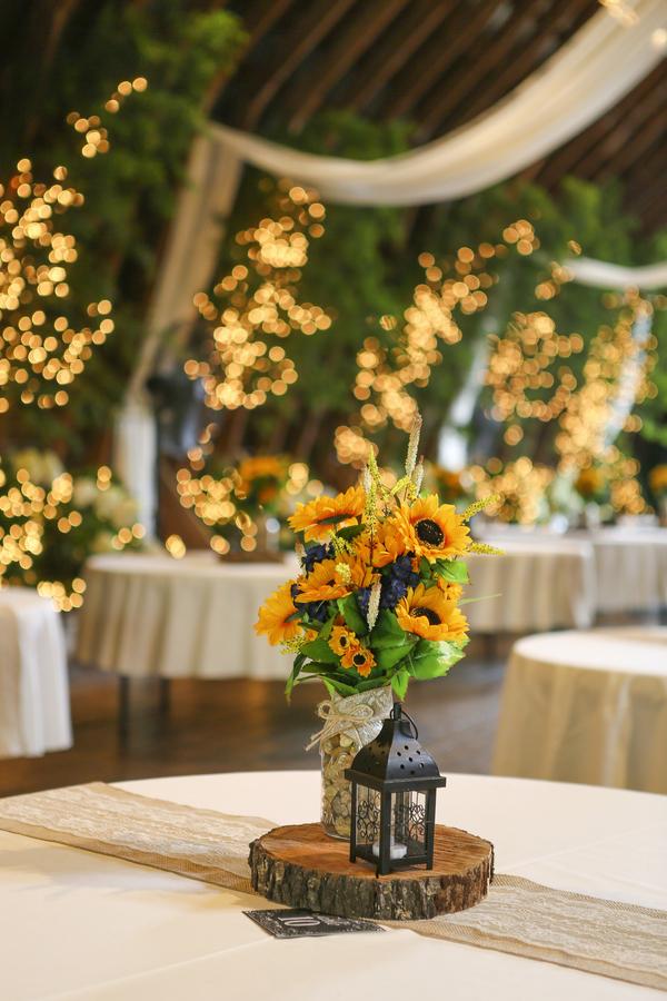 Diy Barn Wedding With Sunflowers sunflower barn wedding rustic wedding chic