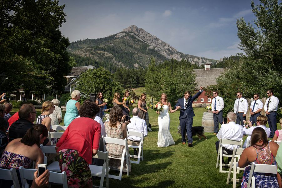 ... Rustic Mountain Wedding ...