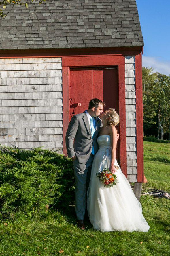 Vontz Vontz Anne Skidmore Photography asweddingslindseyanthony056 low 590x885.jpg.optimal - barn weddings new england