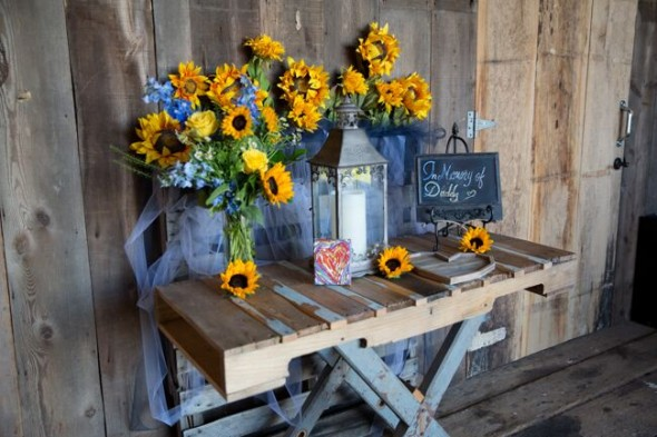 Midwest Barn Wedding Lexi Andy Rustic Wedding Chic