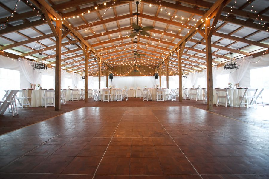 Southern Vintage Barn Wedding