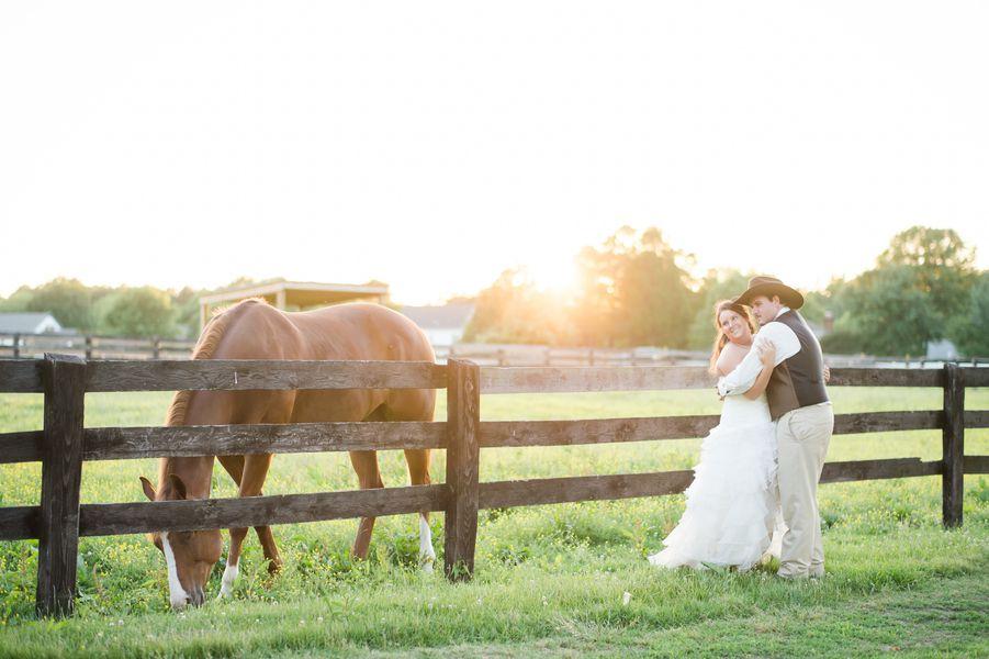 Country Wedding On Horse Farm - Rustic Wedding Chic