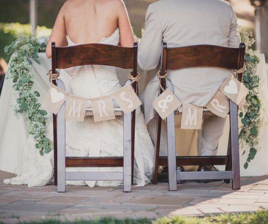 Burlap Mr & Mrs Sign