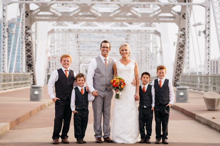 Nashville rustic wedding rustic wedding chic for Wedding dress rental nashville tn