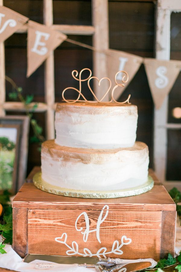 low country wedding cakes glamorous outdoor barn wedding rustic wedding chic 16961