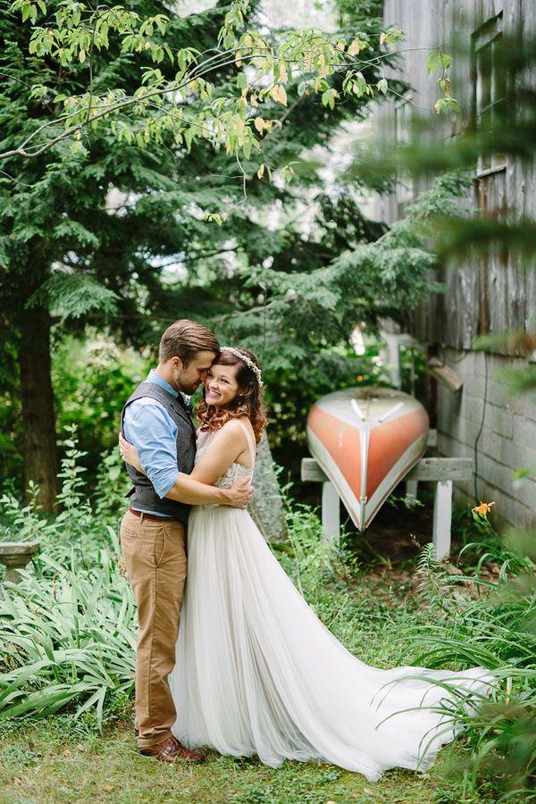 Country Backyard Wedding - Rustic Wedding Chic