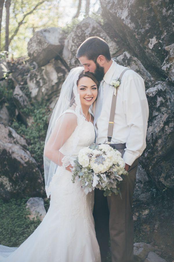 East Tennessee Rustic Wedding - Rustic Wedding Chic
