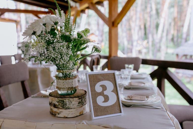 Simple Wedding Ceneterpices