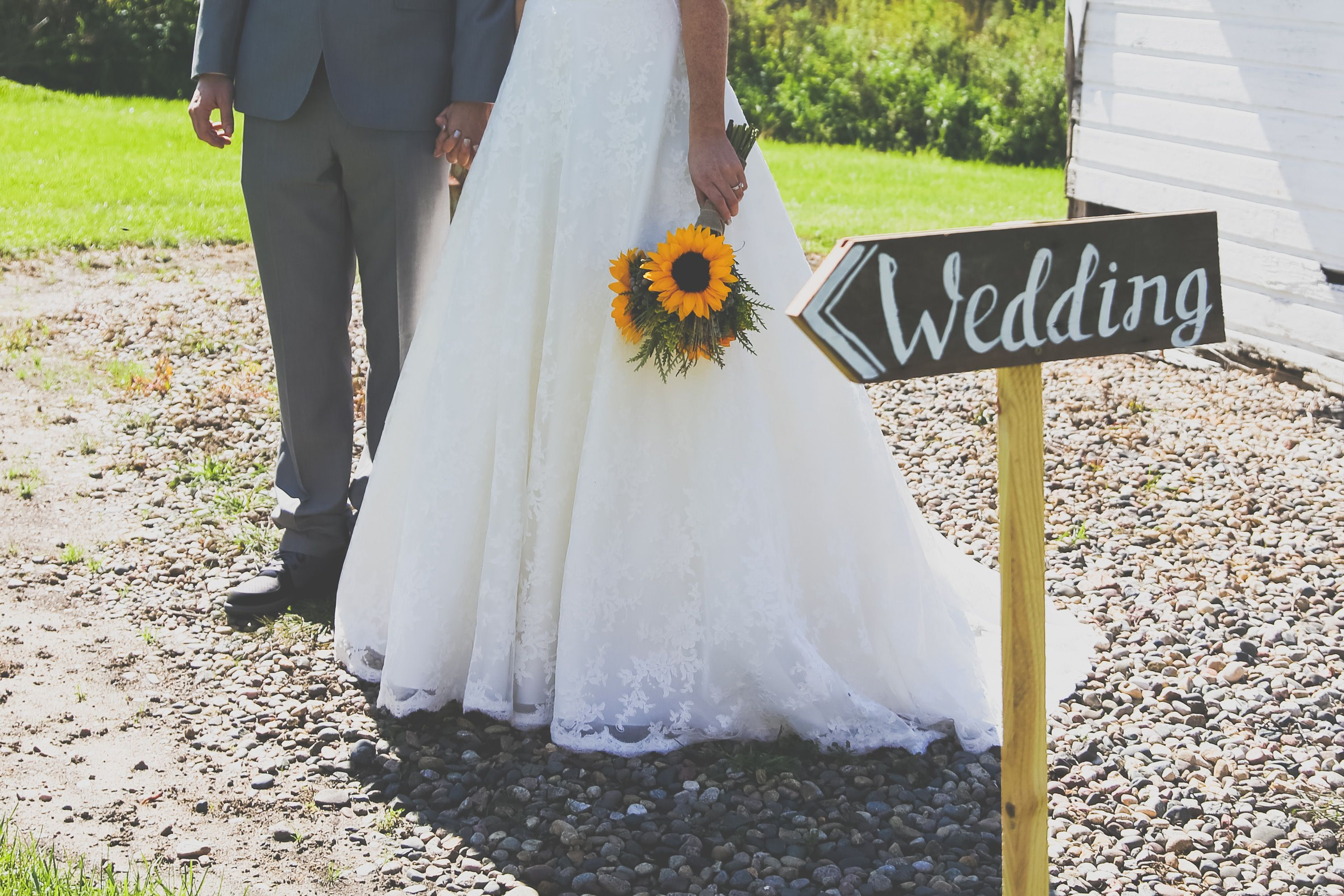 15 Wedding Ideas Only Rustic Brides Understand - Rustic Wedding Chic