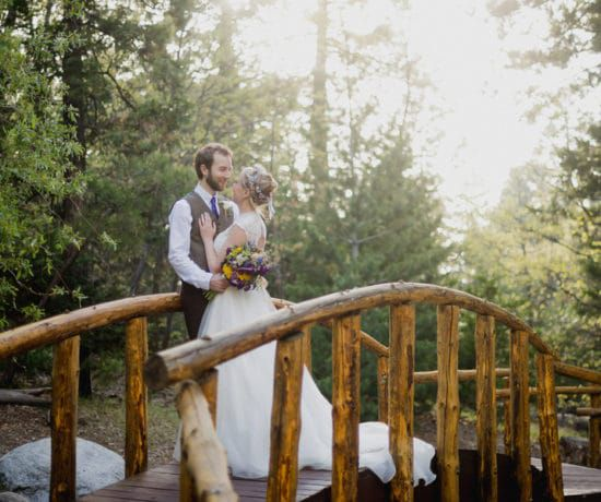 Budget Rustic Weddings - Ideas and tips for a rustic wedding on a budget