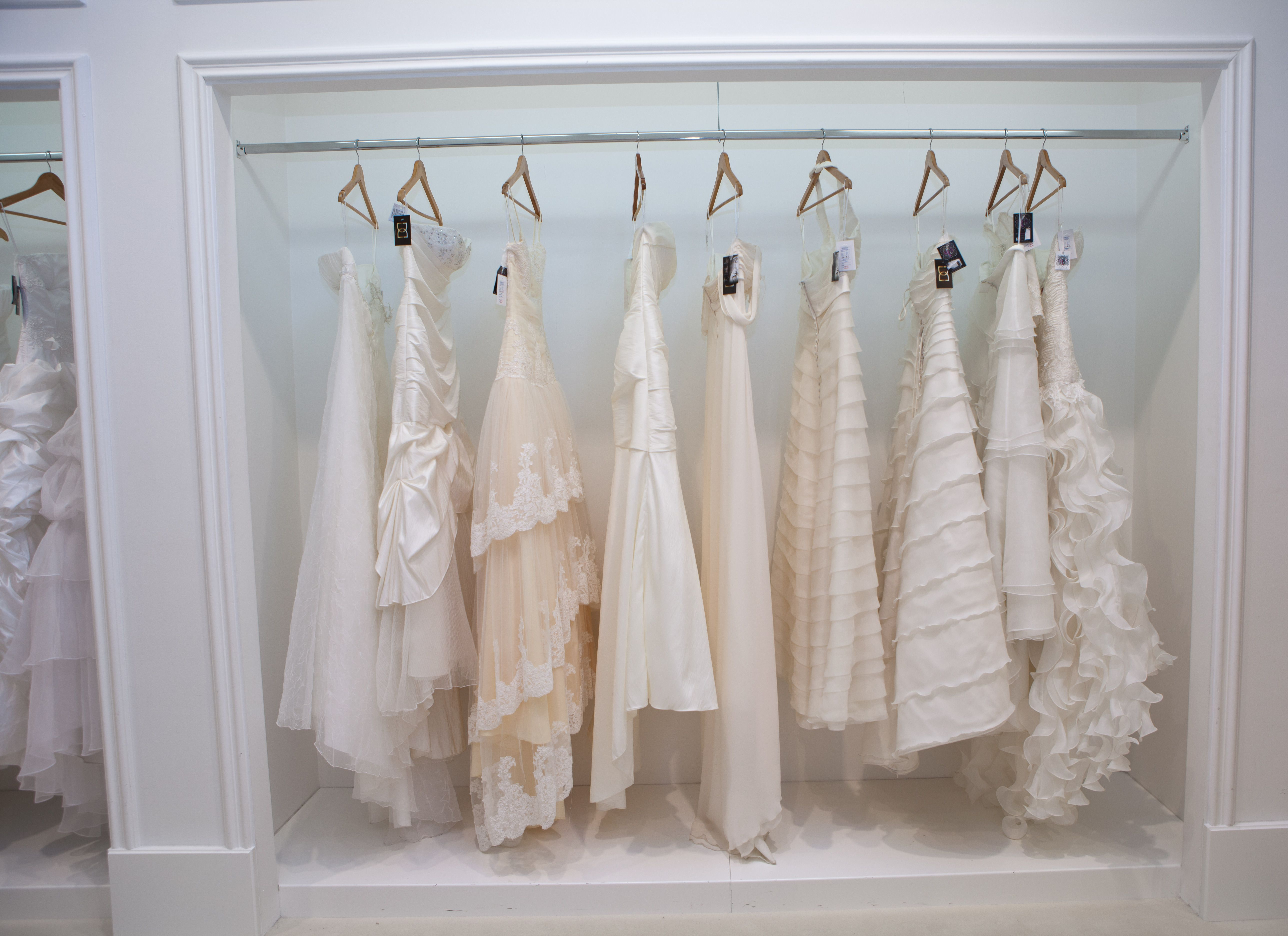 d60bd423ae Wedding Dress Shopping 101  Everything You Need To Know Before You ...