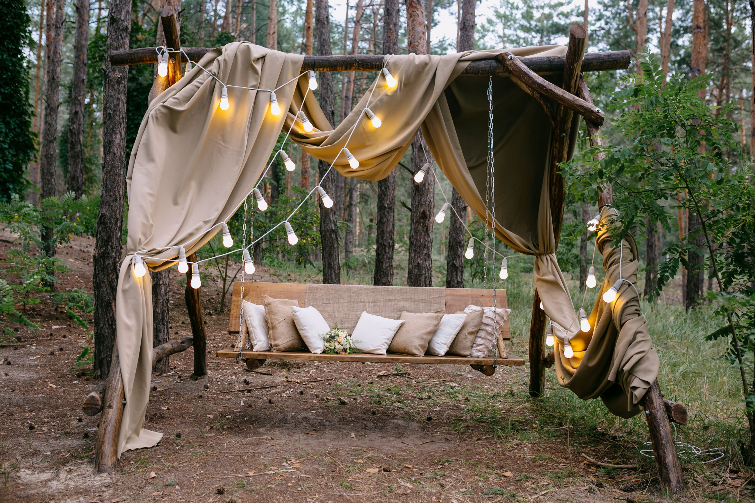 ... What You Need To Know Before You Plan A Backyard Wedding