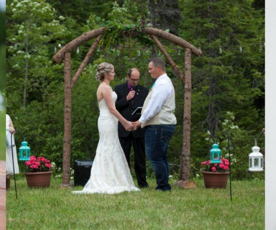 Simple Country Backyard Wedding - Backyard Weddings - Rustic Country Backyard Wedding Ideas