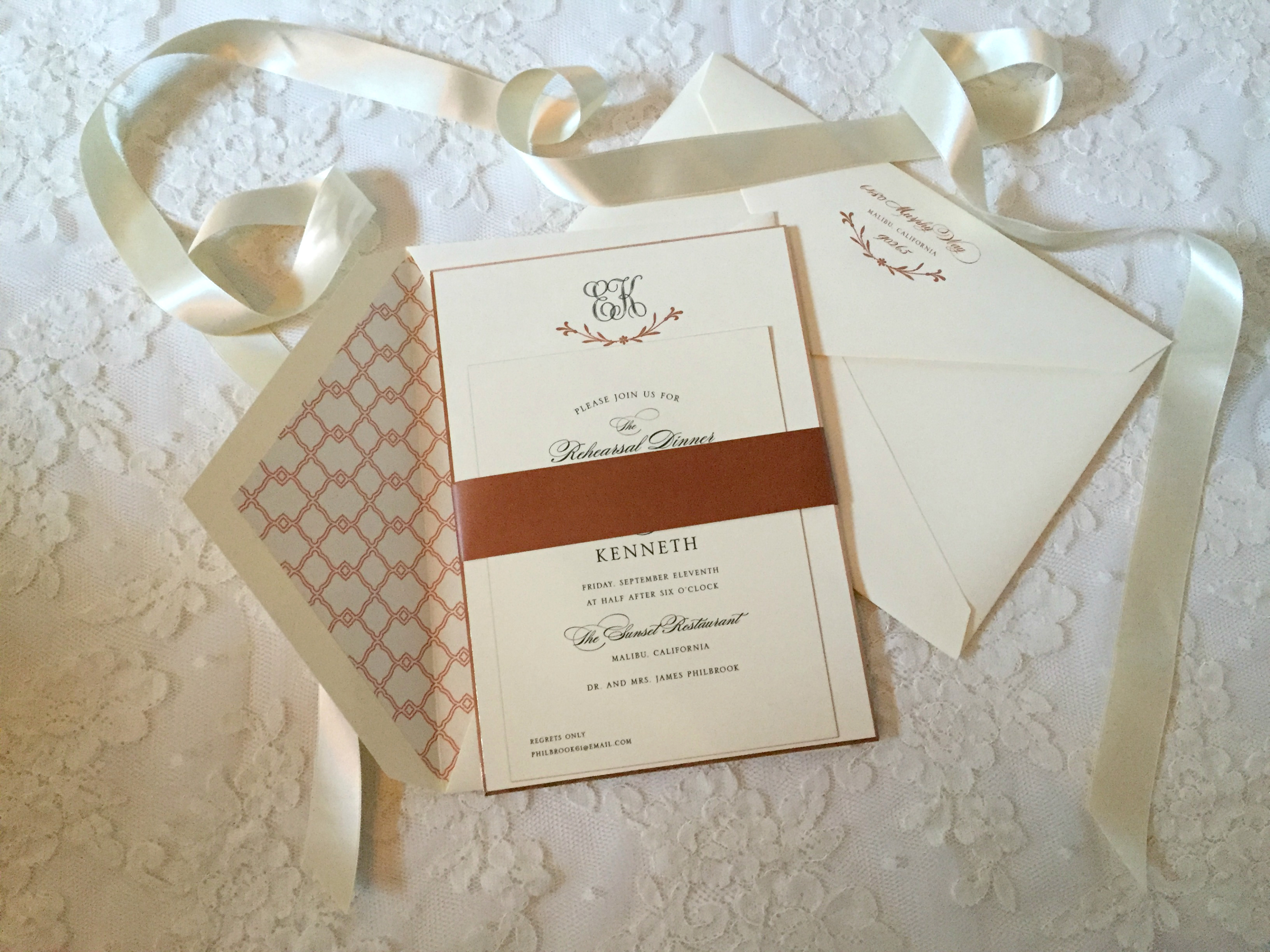 Wedding Invitations William Arthur: What Every Bride Needs From Head To Toe