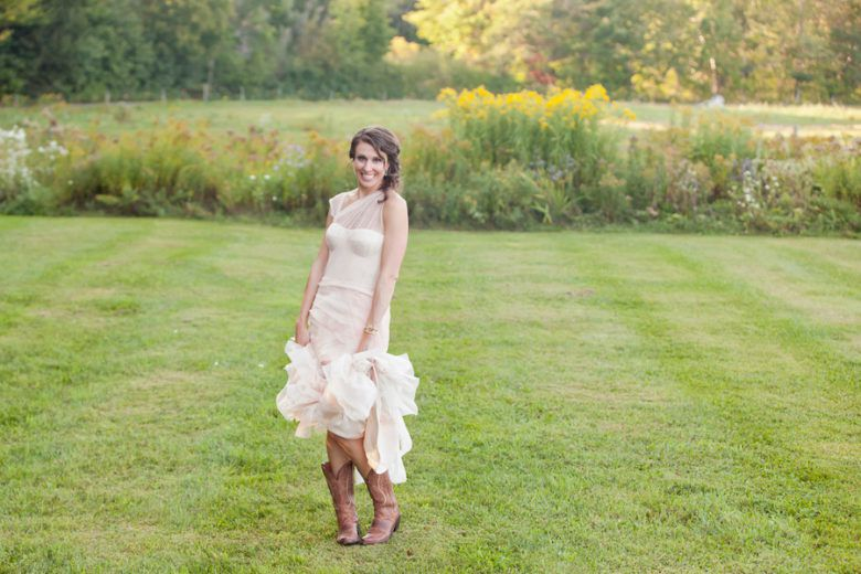 A Rustic Vermont Wedding Filled Romance Rustic Wedding Chic