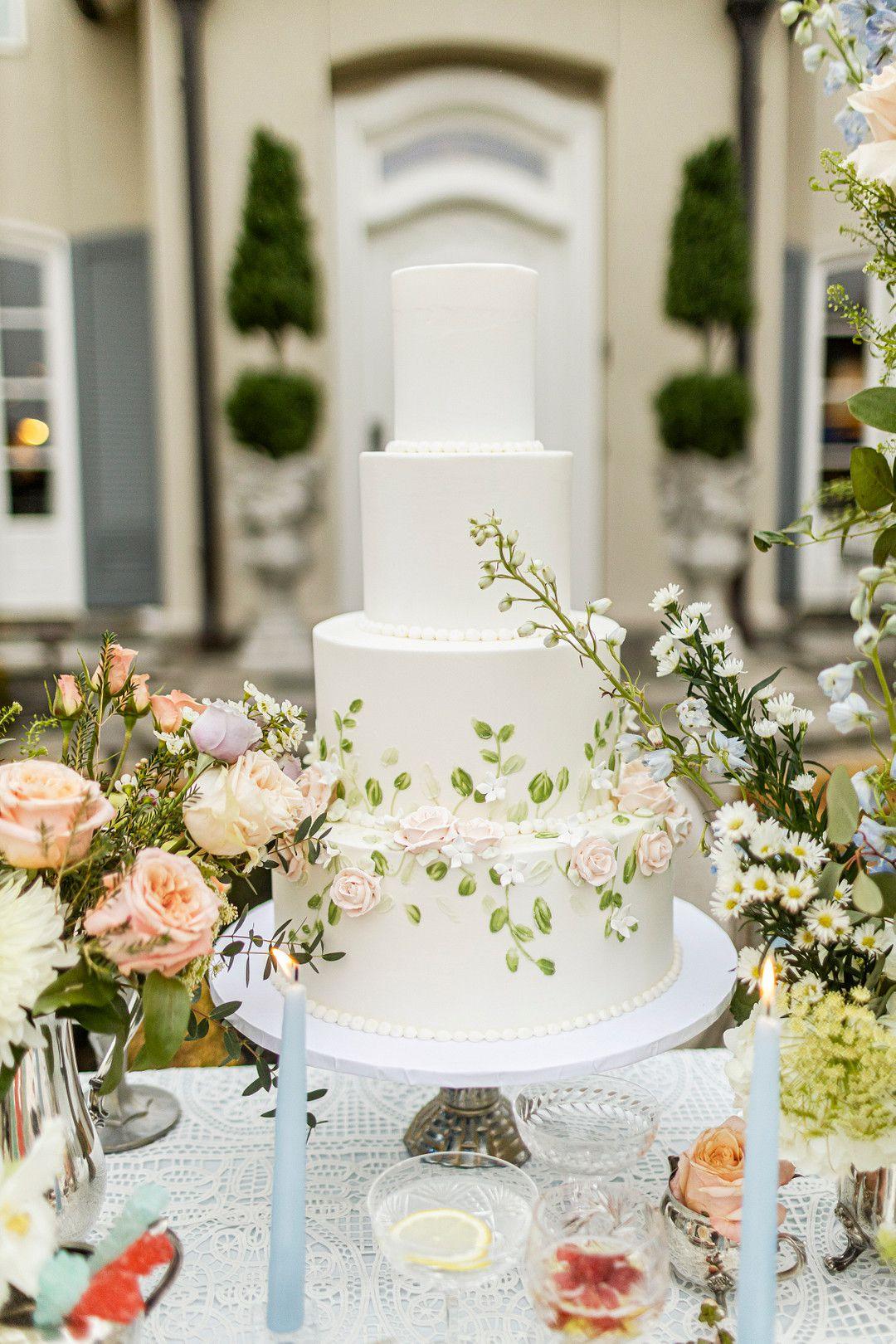 bridgerton netflix wedding cake