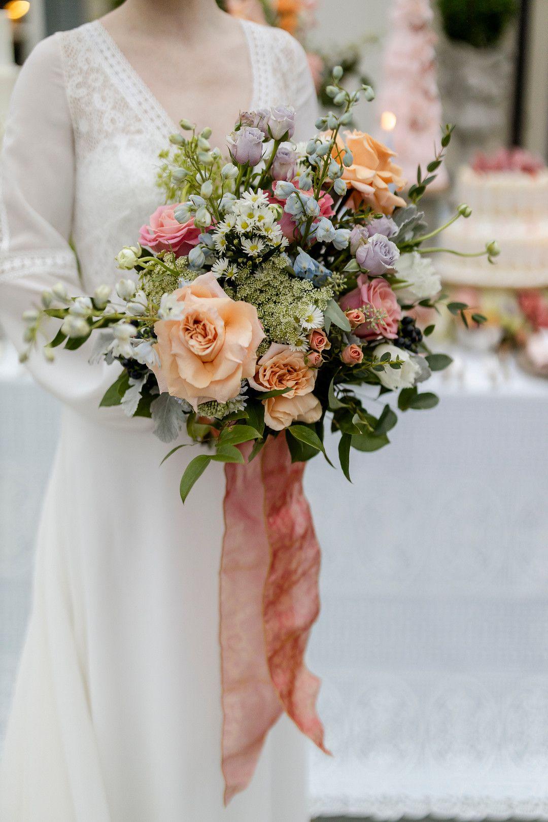 bridgerton netflix inspired bridal bouquet