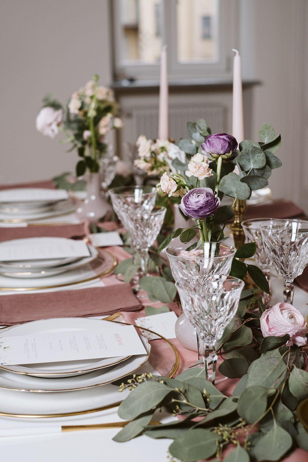 at home elopement tablescape details